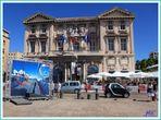 Mairie de Marseille sur le vieux port.