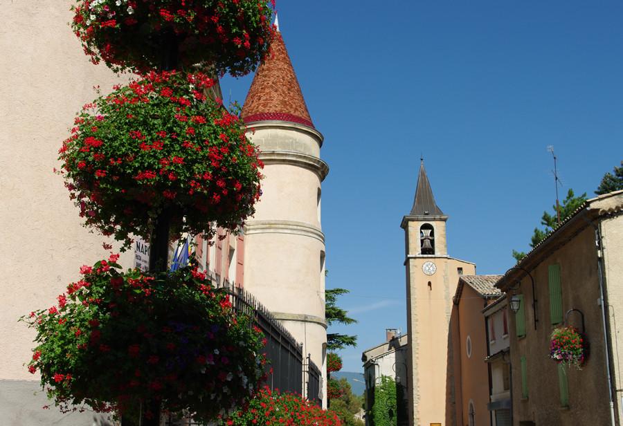 Mairie et église de Malijaï