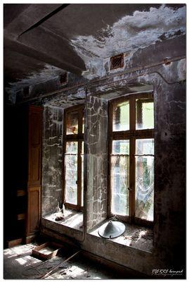 Maison abandonnée .
