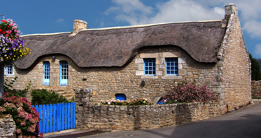 Maison bretonne photo et image europe france bretagne for Photos de maisons