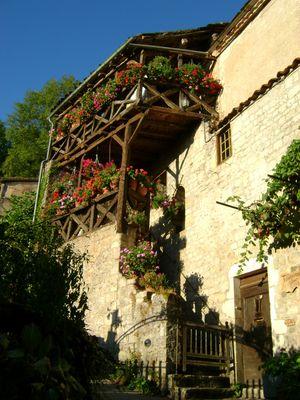 maison Vinel (dernier tourneur sur bois de st cirq lapopie)