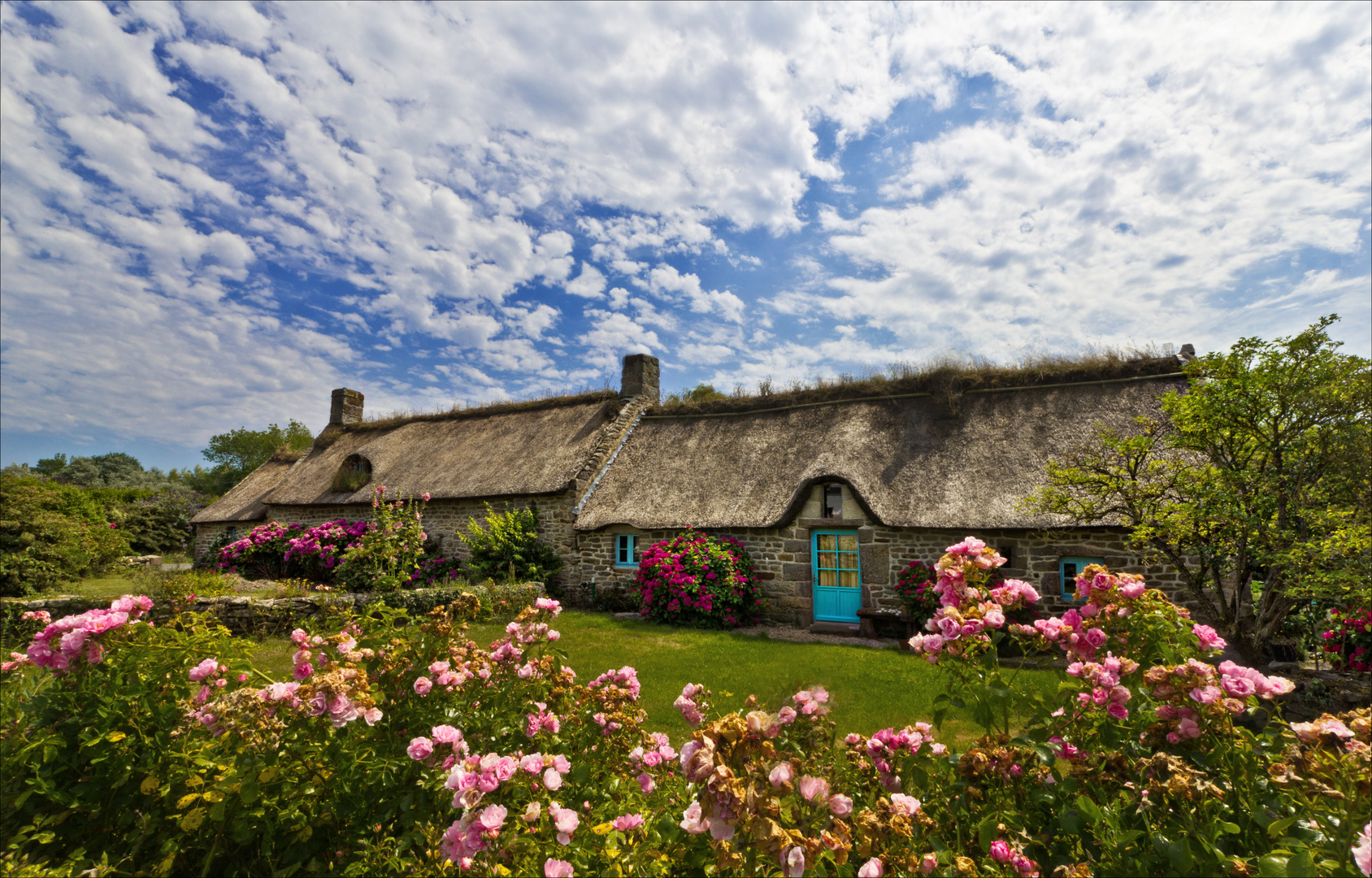 Maisons bretonnes photo et image world finist re france images fotocomm - Maisons bretonnes typiques ...