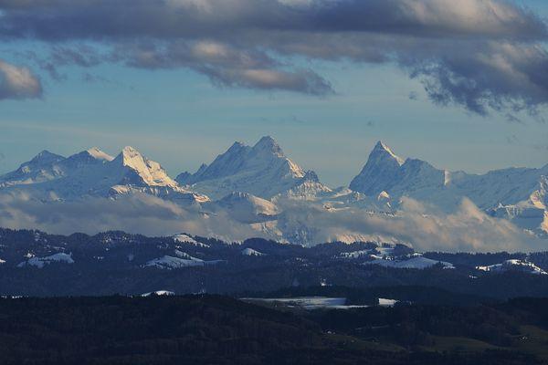 Majestätische Schweizer Alpen #1