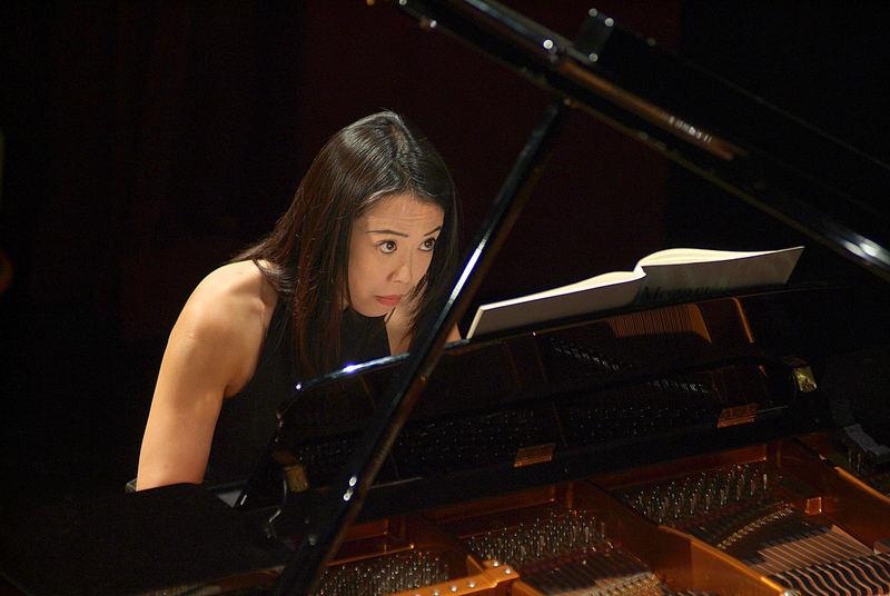 Maki Namekawa in Concert
