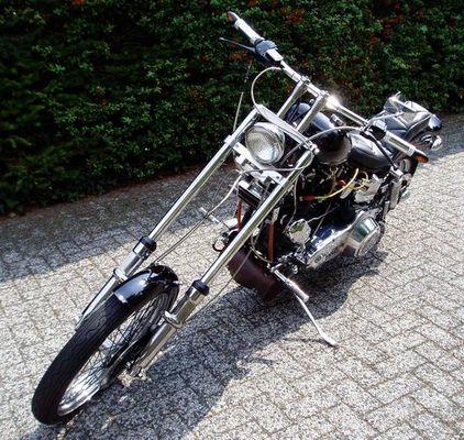 Mal eine alte Harley !