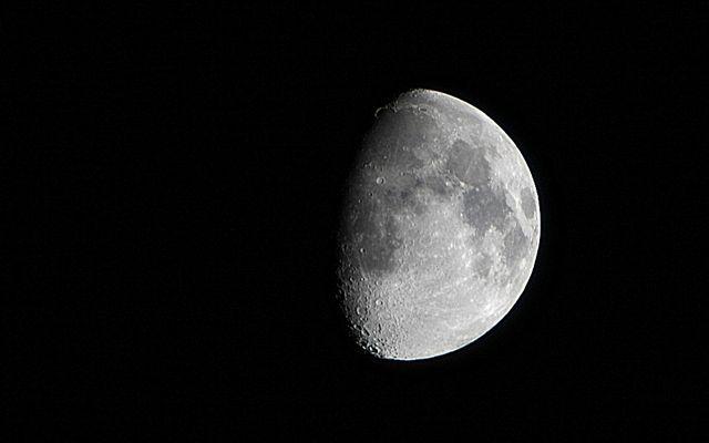 mal wieder der Mond
