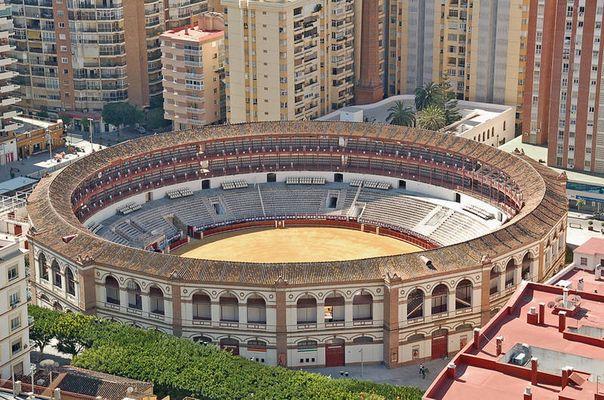 Malaga - Stierkampfarena gesehen von Gibralfaro