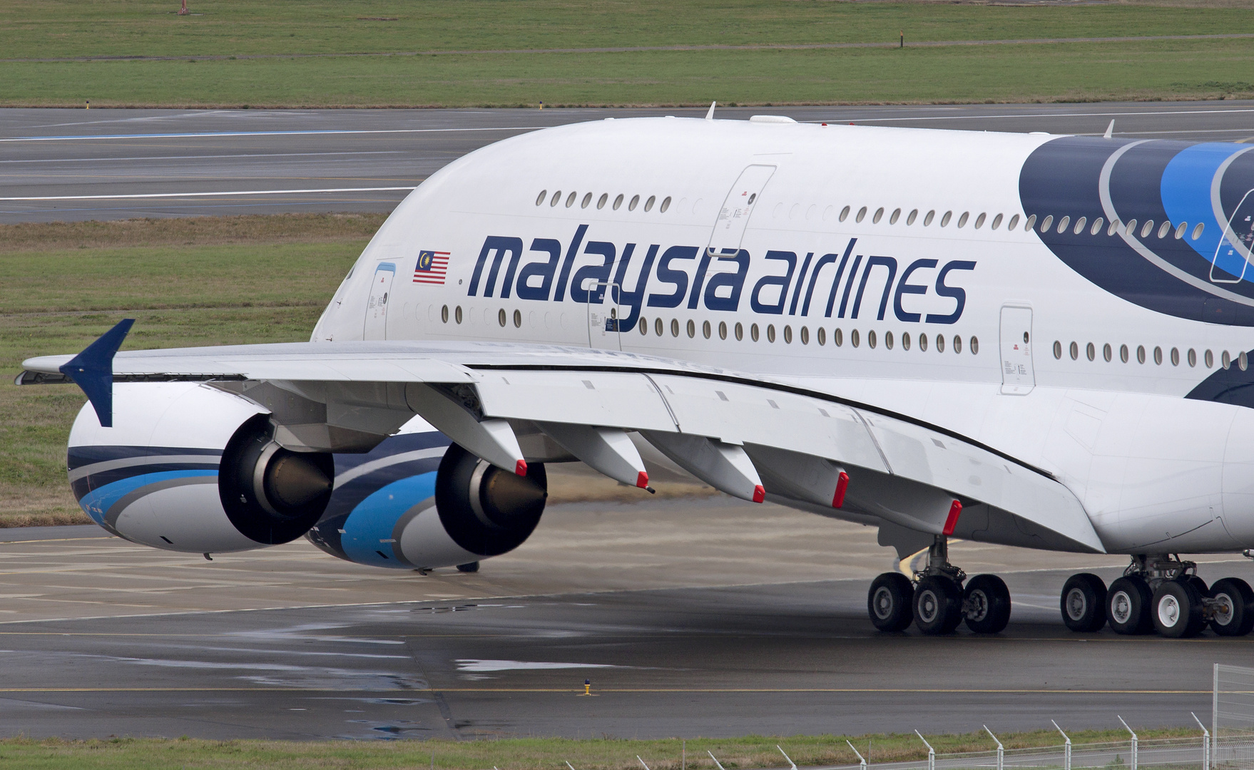 Malaysia Airlines A380 at Toulouse/Blagnac