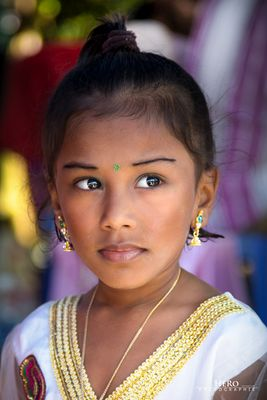 Malaysia / Kuala Lumpur - Thaipusam und Hindu Mädchen