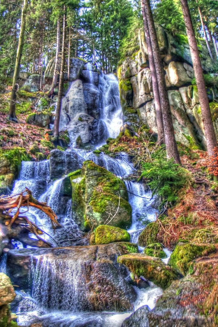 Malerischer Blauenthaler Wasserfall