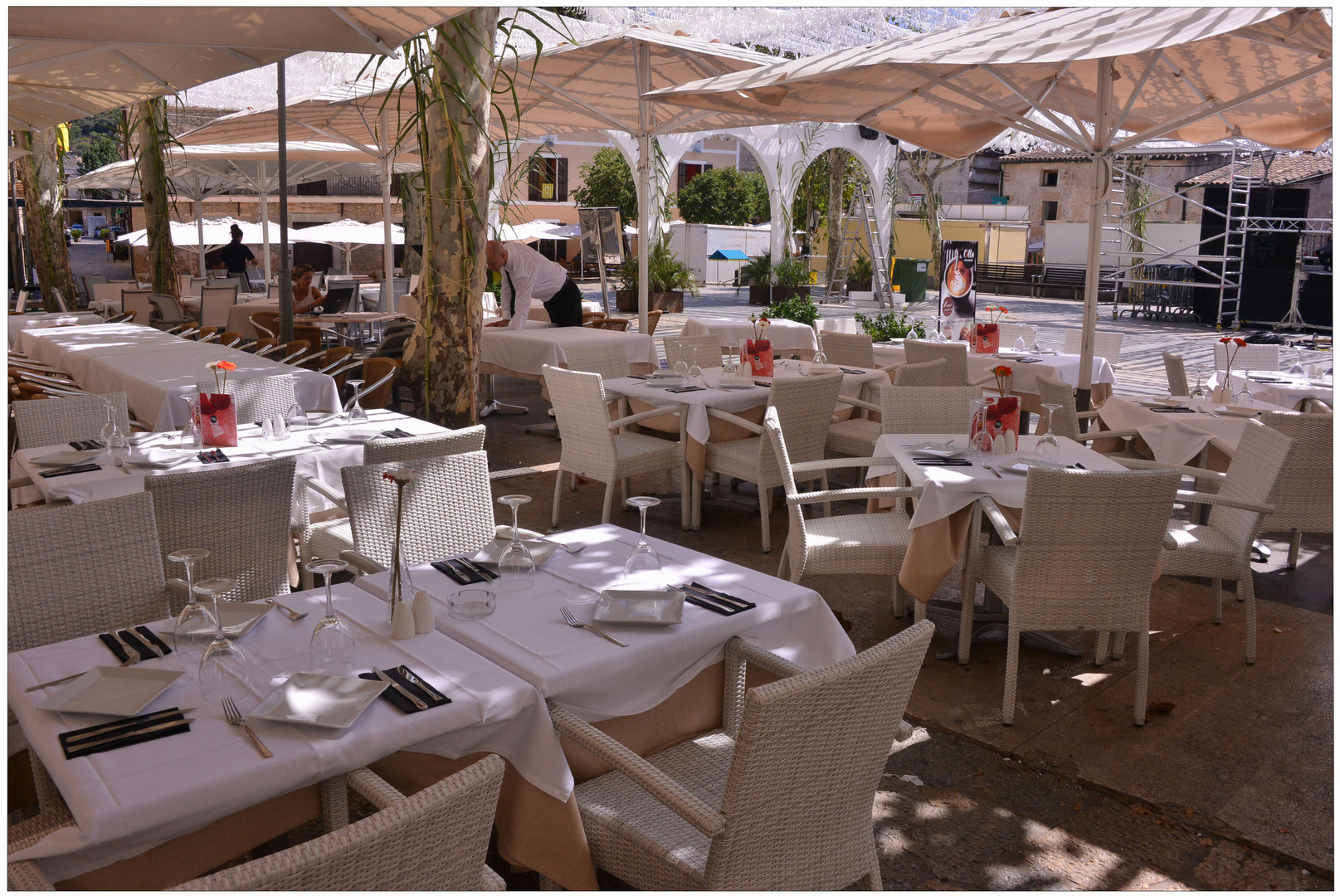 Mallorca 2012, Pollenca, preparando el día festivo