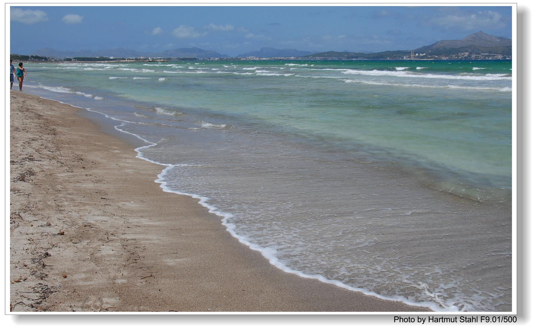 Mallorca, am Strand (en la playa)