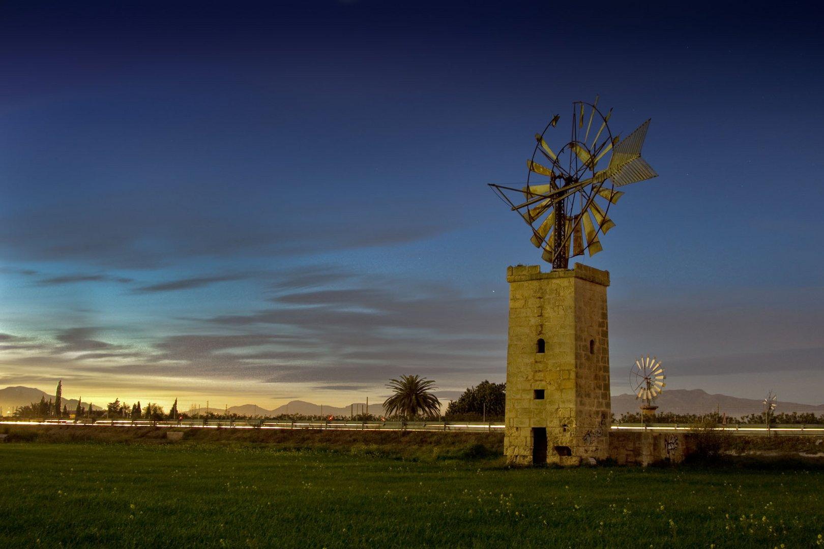 Mallorcas Mühlen bei Vollmond