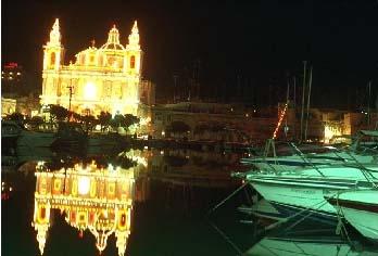 Malta Msida Kirche in der Weihnachtsnacht
