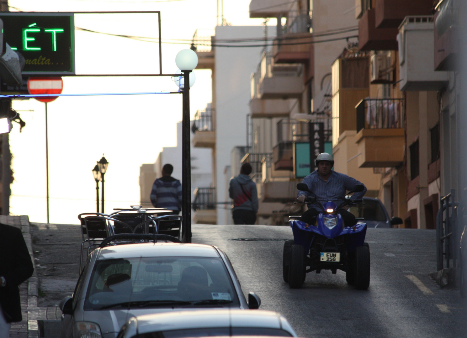 Malta Rodeo Drive - Jetzt geht die Post ab