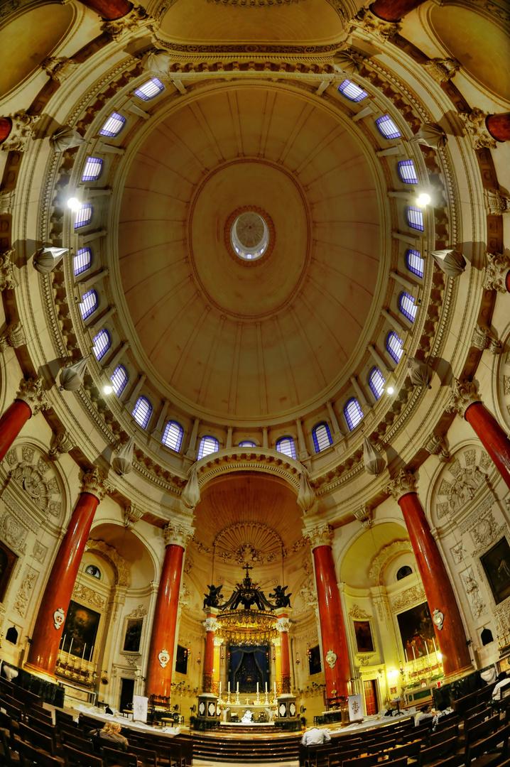Malta Valetta / Carmelite Church