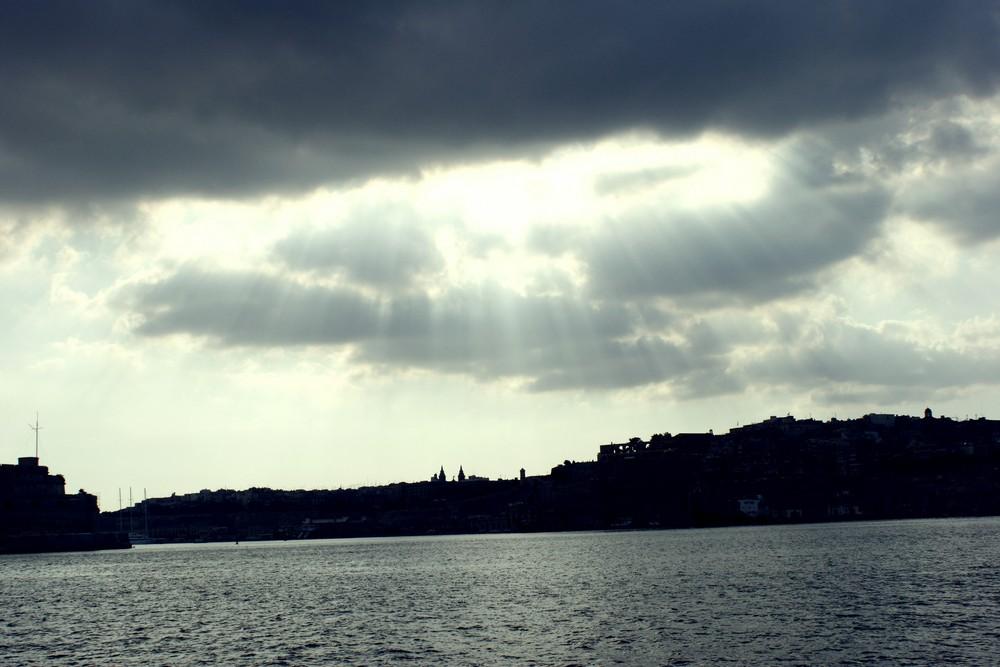 Malta - Valetta Sun Bay