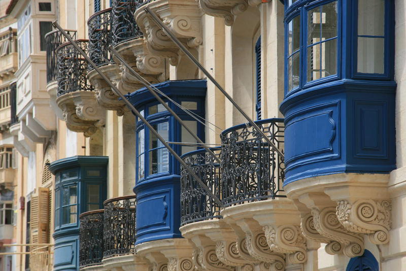 Maltese Balkonies