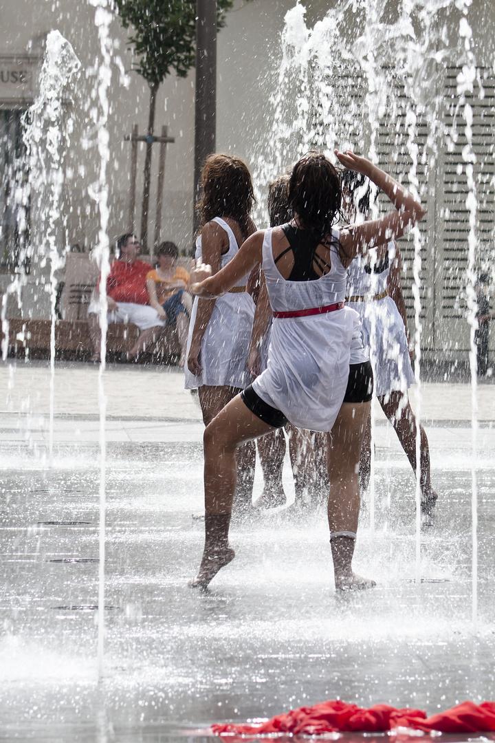 Maltesische Tänzerinnen 2