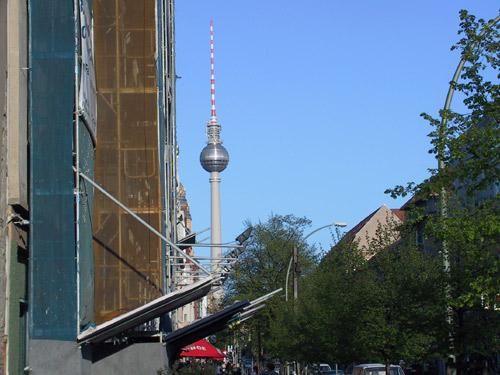 Man sieht ihn in Berlin fast immer