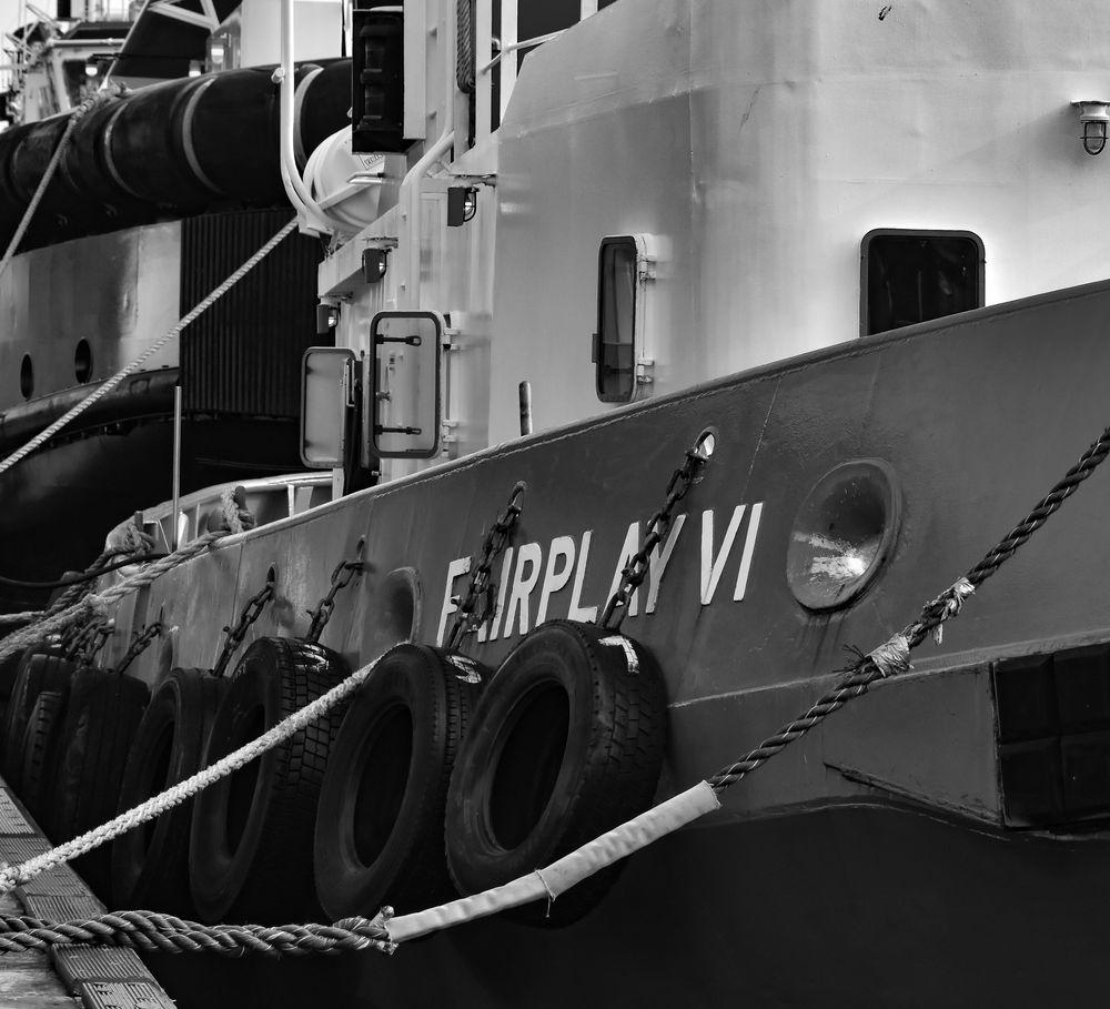 Manche Reederei sieht nur noch schwarz ,