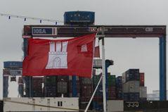 Manchmal muss man zweimal Flagge zeigen