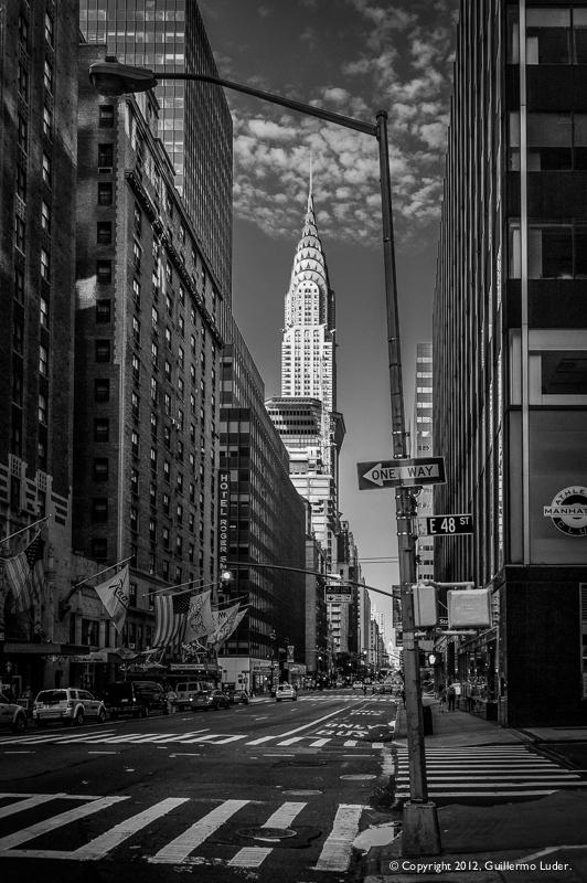 """Manhattan, amaneciendo en B & W"""