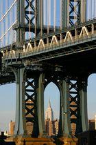 Manhattan Bridge und das Empire State Building