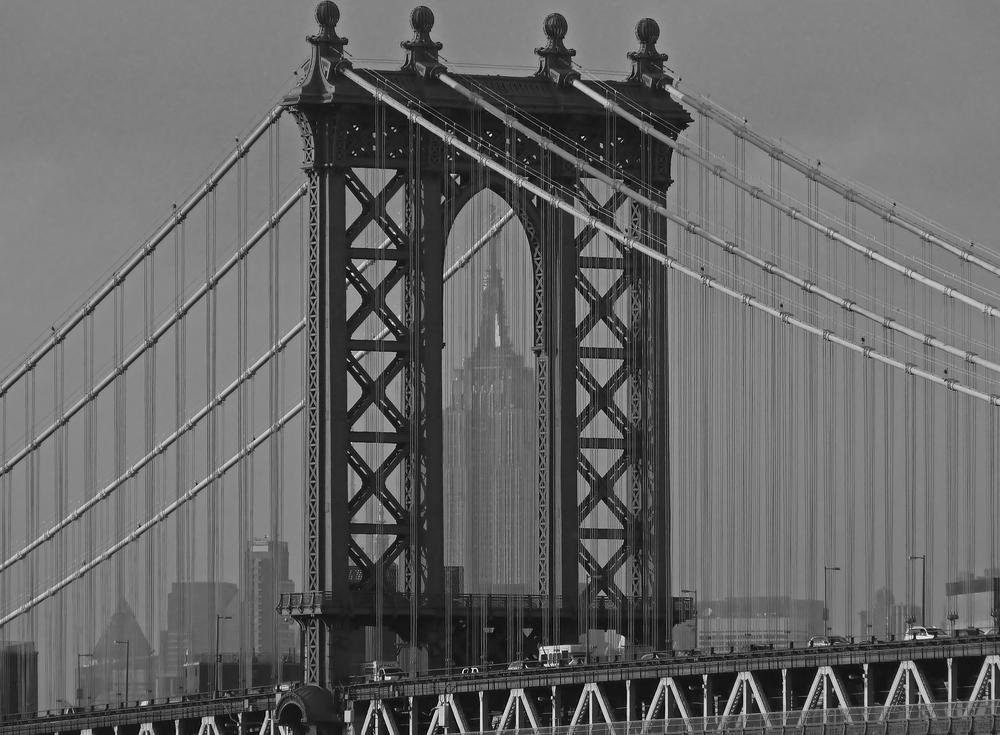 Manhattanbridge mit E.State Building