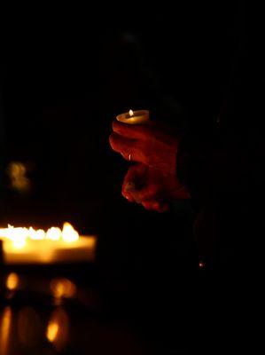 mani e candele