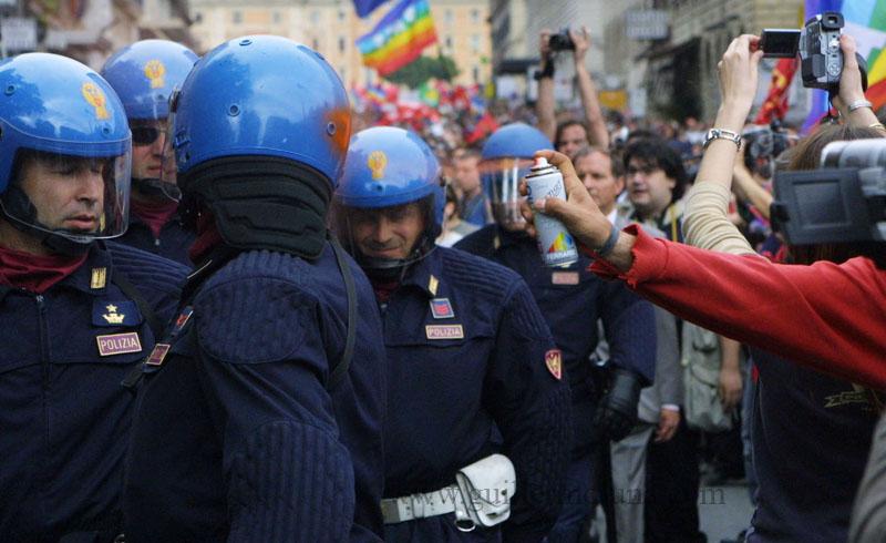 Manifestazione anti Bush 2 - Roma