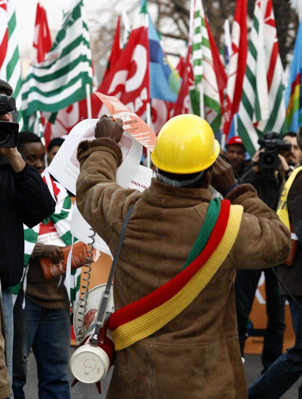 manifestazione di immigrati 2