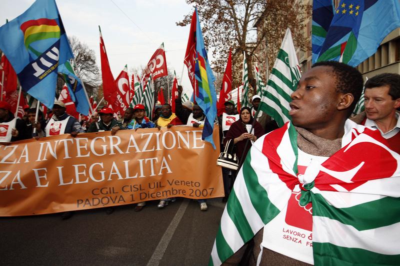 manifestazione di immigrati1