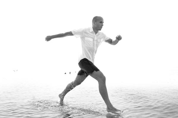 Mann auf Wasser