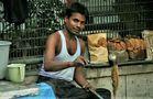 Mann Indien Schöpfkelle M-08-52
