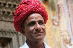 Mann mit rotem Turban Rajasthan Ü1300K
