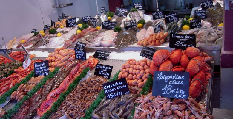 Marché aux poissons à Trouville