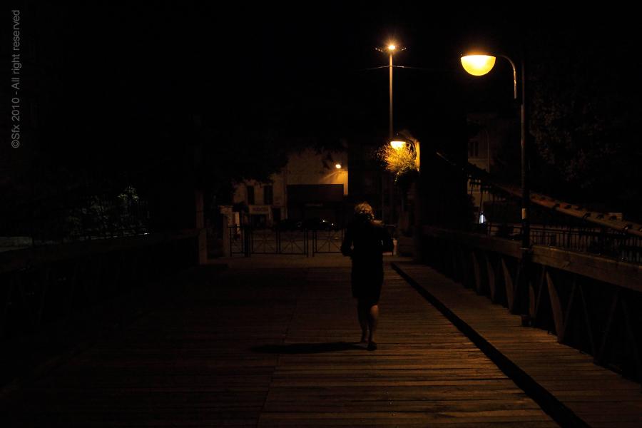 ...marche nocturne...