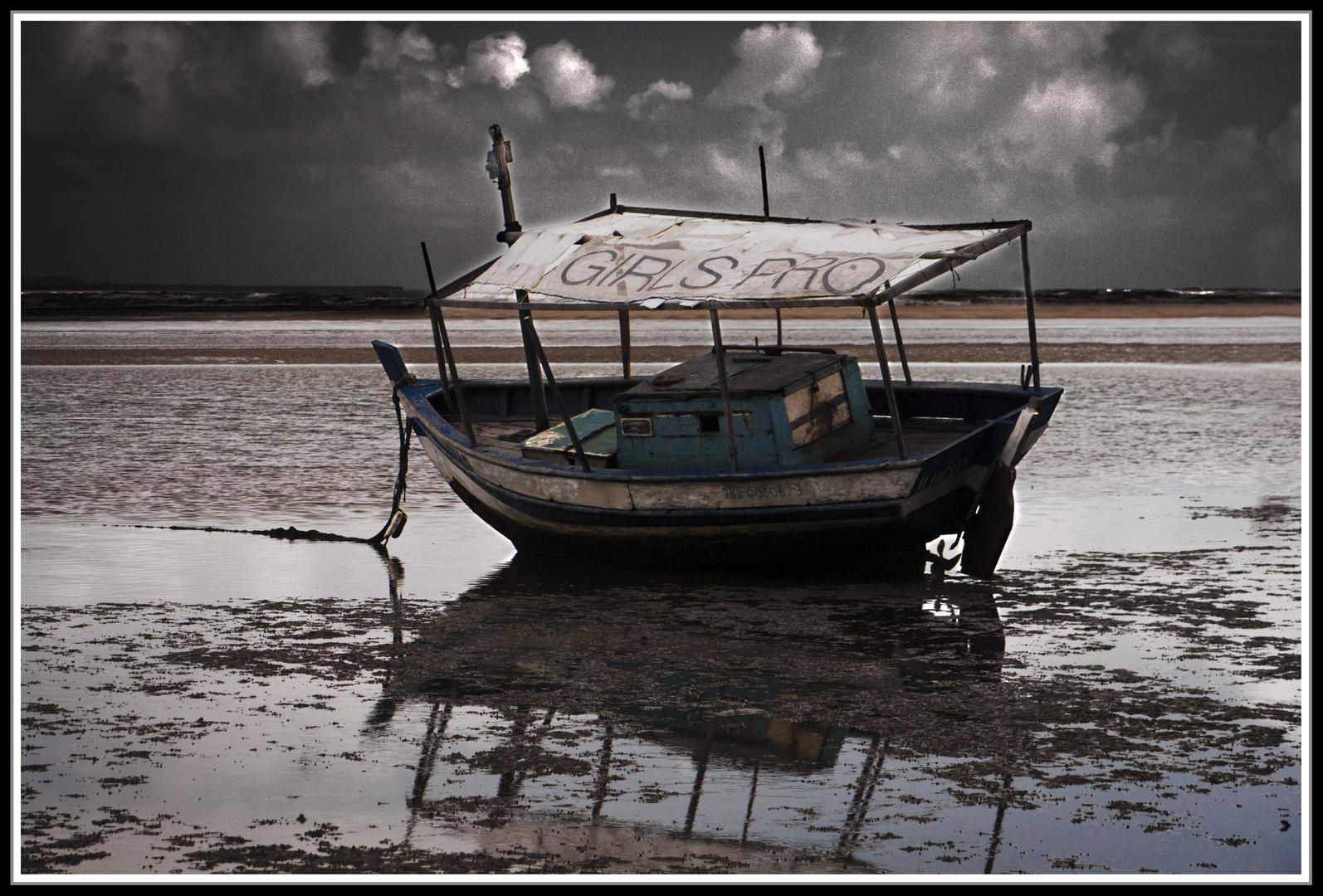 Marea baja y tormenta