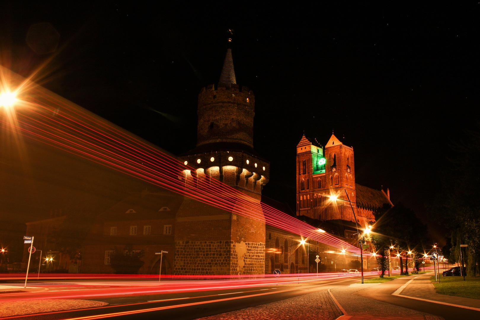 Marie im Laserlicht.. Prenzlau, St. Marienkirche