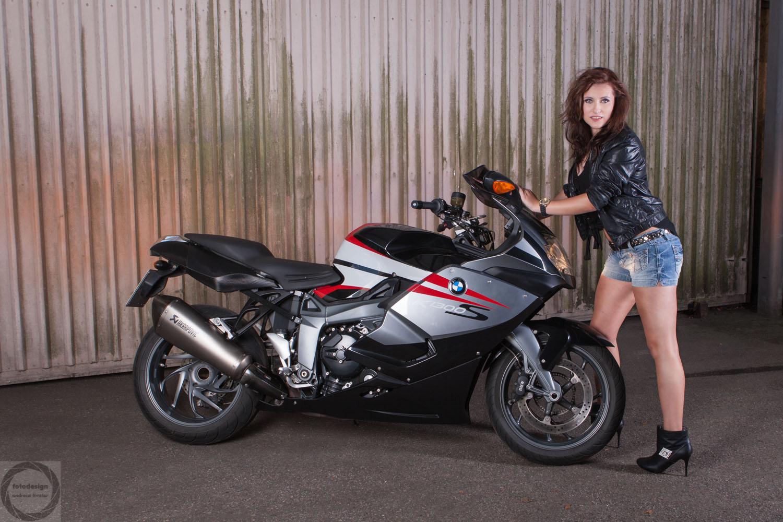Marie Motorrad1