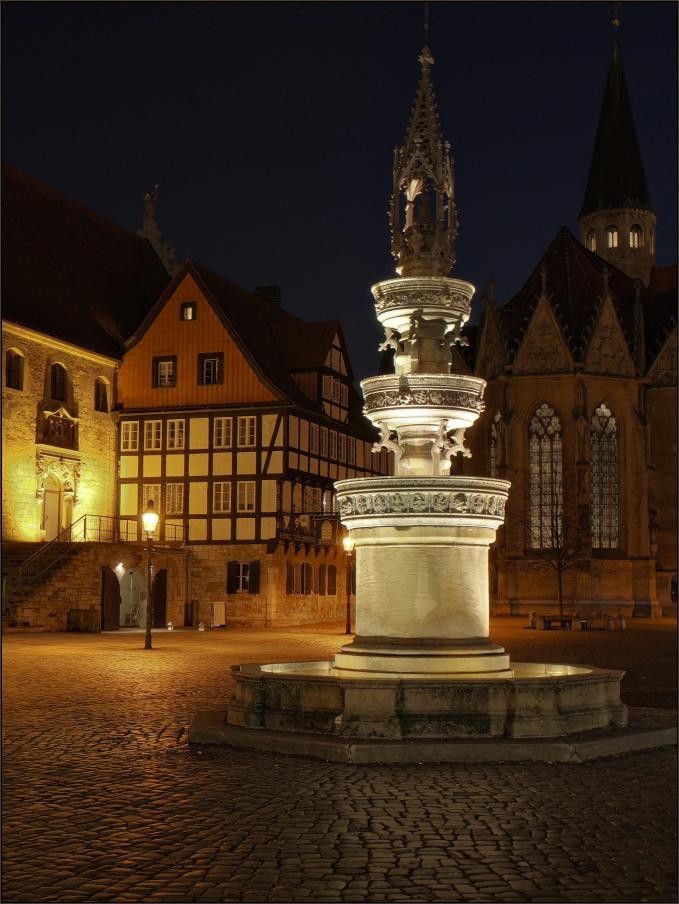 Marienbrunnen auf dem Altstadtmarkt