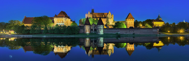 Marienburg bei Nacht