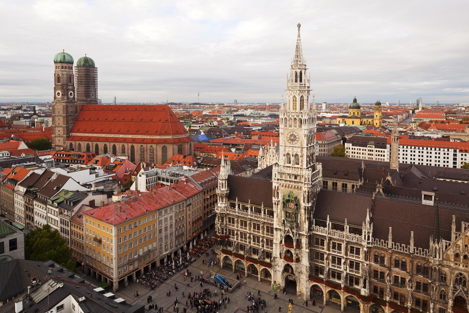 Marienplatz mit Blick auf die Frauenkirche