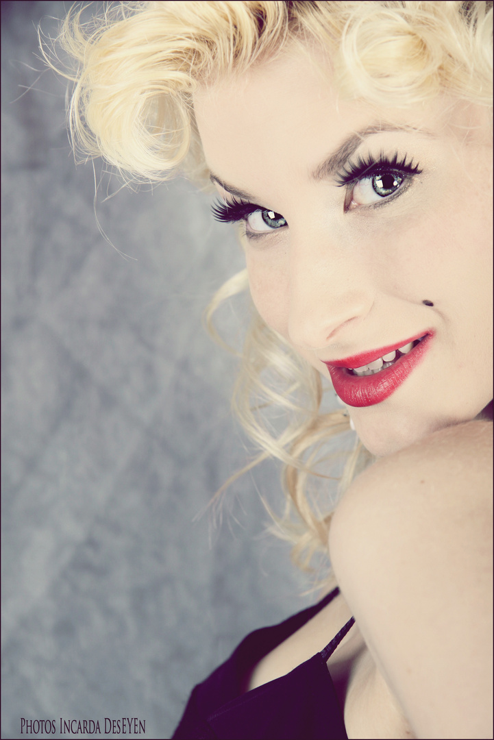 Marilyn MOnroe Experiment