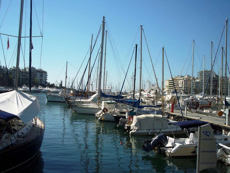 Marina au Pirée(Passalimani)