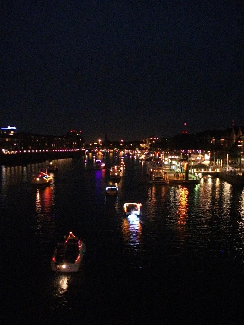 Maritime Woche in Bremen auf der Weser