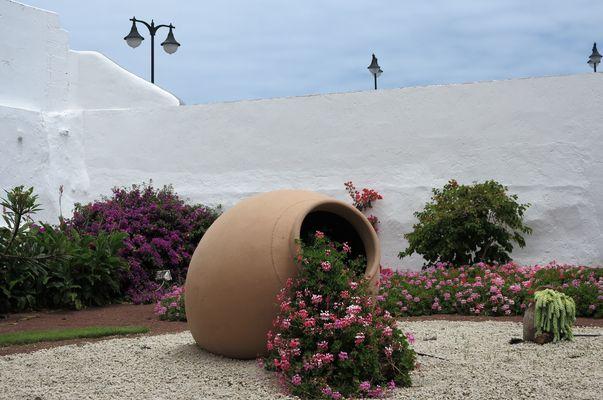 Amphoren fotos bilder auf fotocommunity - Maritimer garten ...