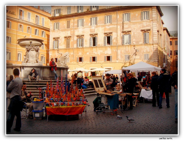 Market on Piazza Santa Maria in Trastevere