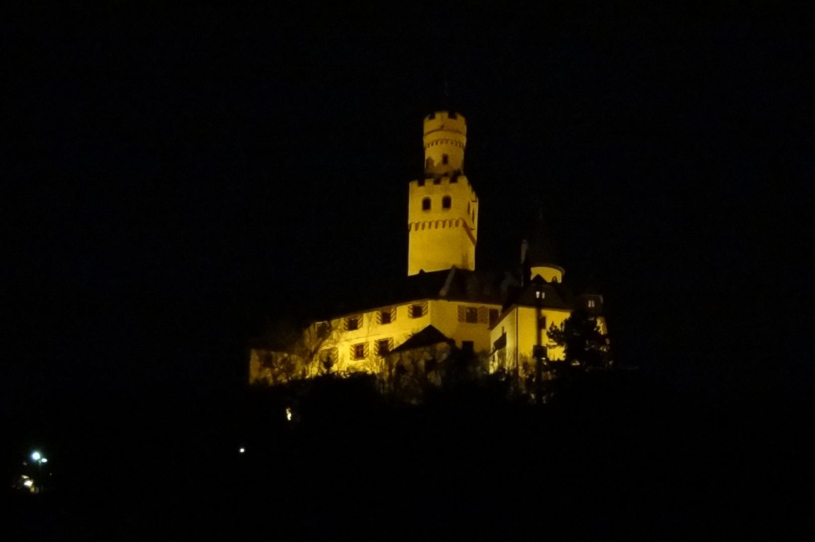 Marksburg Braubach am Rhein bei Nacht